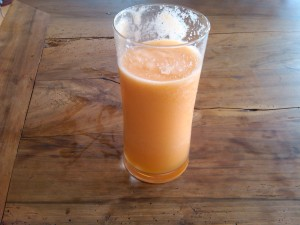 chilled cantaloupe smoothie
